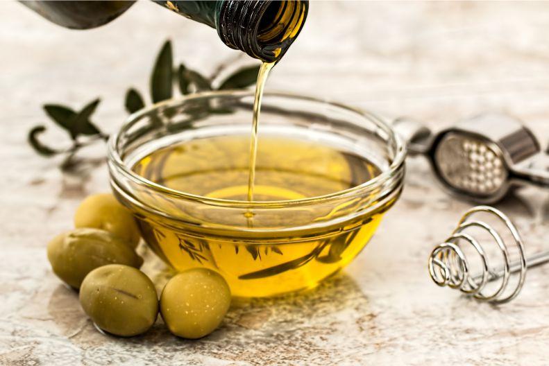 Чем могут быть опасны зеленый чай, рыба и оливковое масло